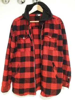 Chaqueta/Camisa con capucha DIVIDED unisex