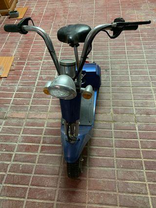 Patinete eléctrico 3 ruedas