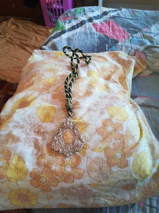 vendo un rosario muy bonito, sin