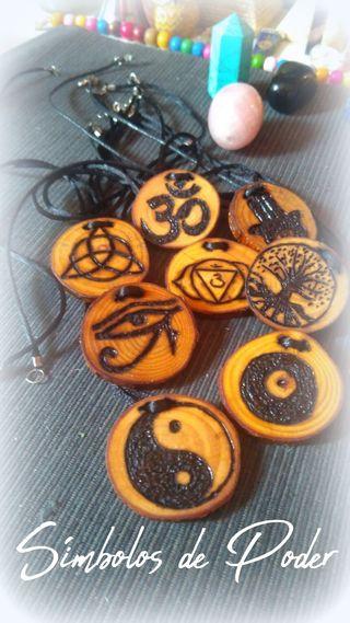 Amuletos de Poder artesanales