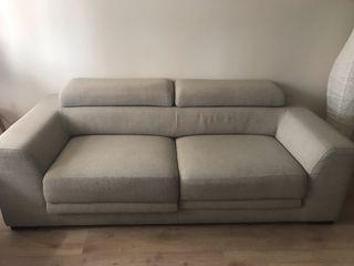 Sofá de 3 plazas color beige