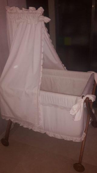 Se vende mini cuna bebé