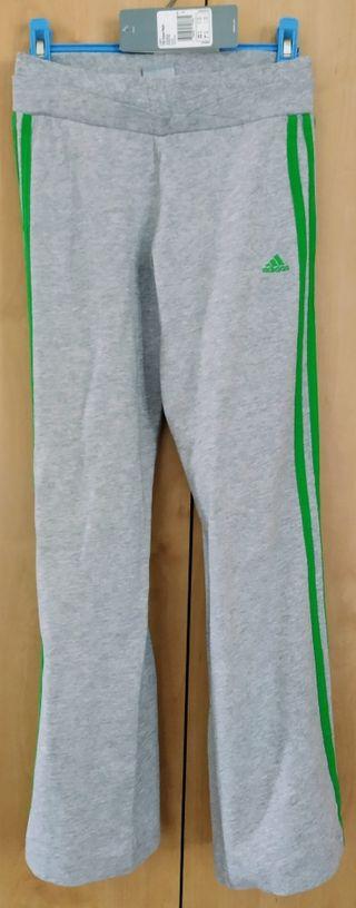 T. 10 años. Mallas deportivas gris-verde de niña.