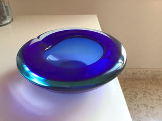 Cuenco cenicero de cristal azul