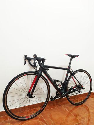 Bicicleta de carretera Felt F5