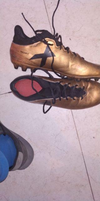 botas Adidas x