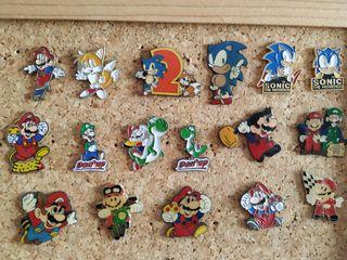pins Sonic y Mario