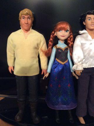 Lote muñecos Frozen + Regalo muñeco sirenita