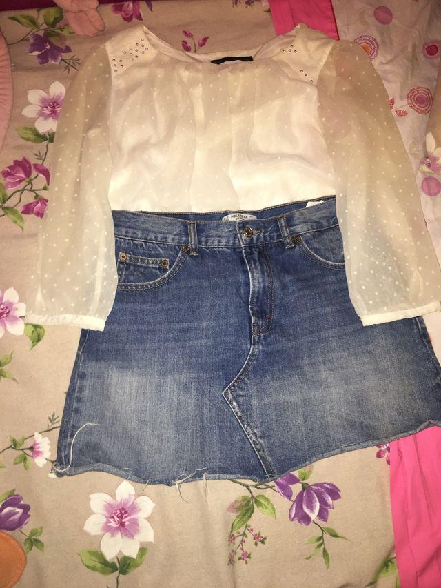 Conjunto de falda y blusa