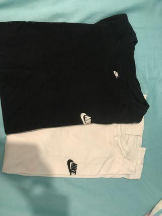 2 Camisetas Nike