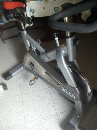 bici estática 180€
