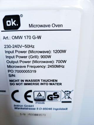 Microondas-grill marca Ok.