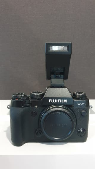 FUJIFILM XT-1 CON FLASH