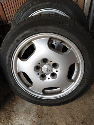 llantas AMG con neumáticos