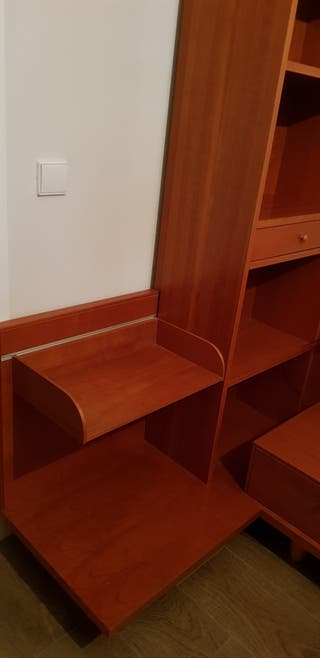 Mesita de noche con estanteria de madera maciza