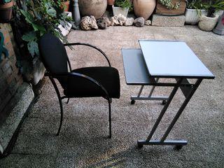 Mesa y silla ordenador