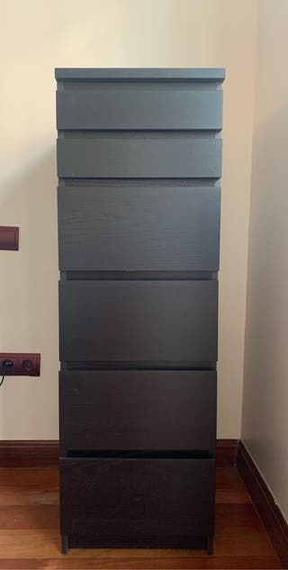 Ikea Malm chest of drawers/ cómoda
