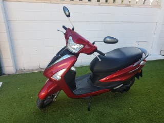 Yamaha Delight Motor Blue Core 125cc Scooter