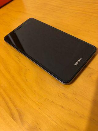 Huawei Y6 plateado