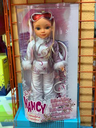 Nancy esquiadora brillos en la nieve de famosa