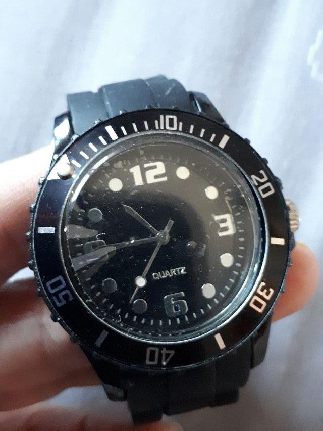 Reloj Quartz con correa de caucho