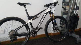 Bicicleta de montaña ORBEA OIZ