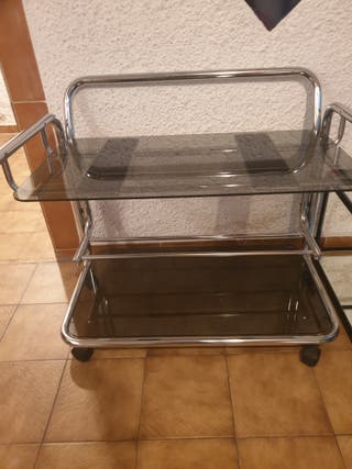 Mesa TV impecable