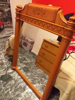 Espejo madera dormitorio