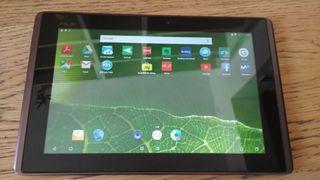 Tablet Asus Eee Pad TF-101, con teclado y funda