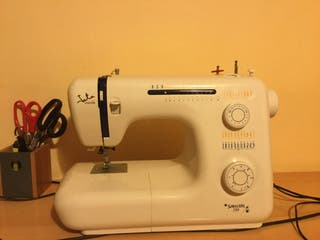 Maquina de coser Jata Selección 735!!