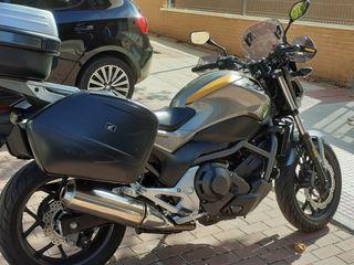 Honda NC700S DCT