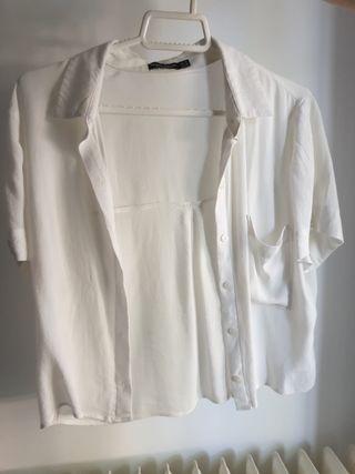 Camisa blanca Bershka