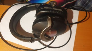 Auriculares Sony MDR-ZX700