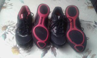 2 zapatillas REEBOK negras talla 40