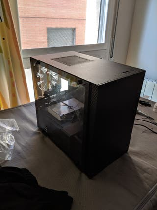 Caja NZXT H200 negra + cables Corsair largos