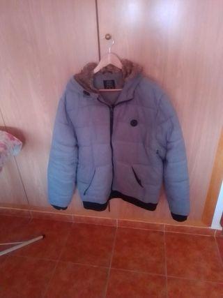 chaqueta cazadora joven