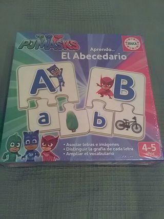 puzzle abecedario a estrenar