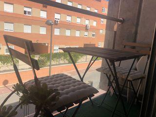 Mesa de Jardín con 2 sillas Marrón Oscuro