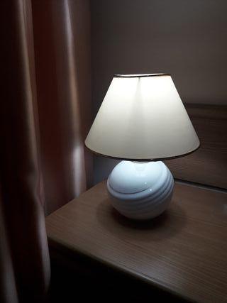 Lámpara vintage de cerámica en perfecto estado