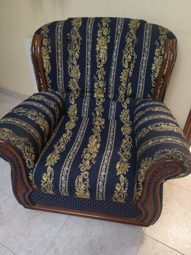 Sofá/y sillón clásico opcional
