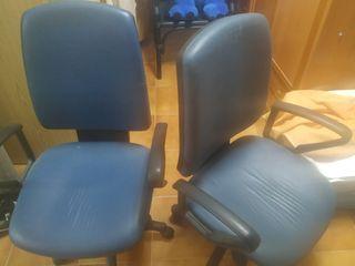 2 Sillas de oficina color azul(las 2 x ese precio)