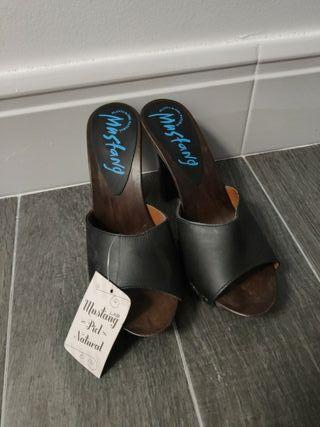 zapato tacon salir mustang