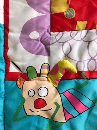 Gimnasio de actividades Kooky Gym de Taf Toys
