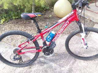 "Bicicleta junior mountain bike marca ""Megamo"" roja"