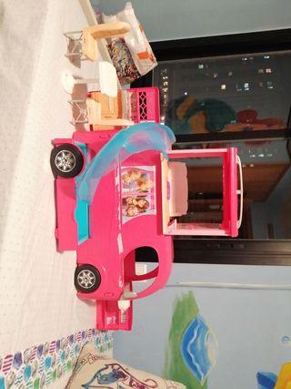 Autocaravana grande de Barbie