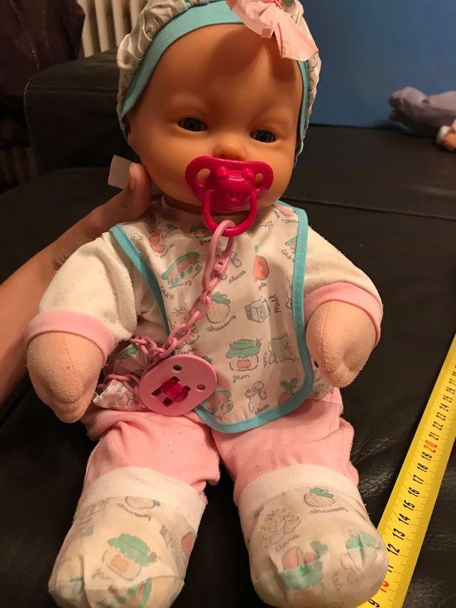 muñeco nenuco(abracitos)