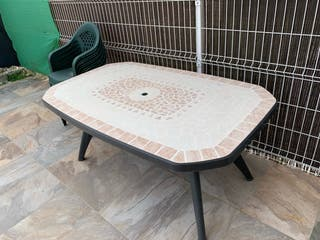 Mesa para jardín de segunda mano en Zaragoza en WALLAPOP