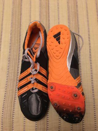 Zapatillas Adidas t42 de clavos