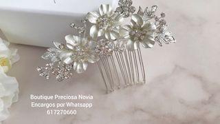 Peineta Artesanal en color plata tocado joya novia