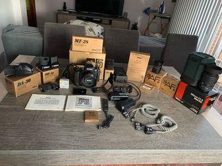 Nikon F5, objetivos y accesorios
